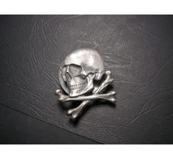 WW2 German Death Head Badge